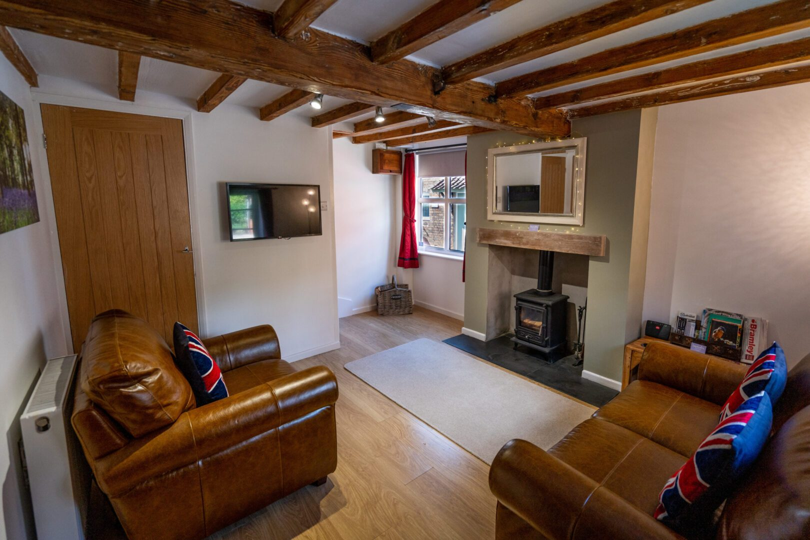 Southwell Holiday Cottage living room
