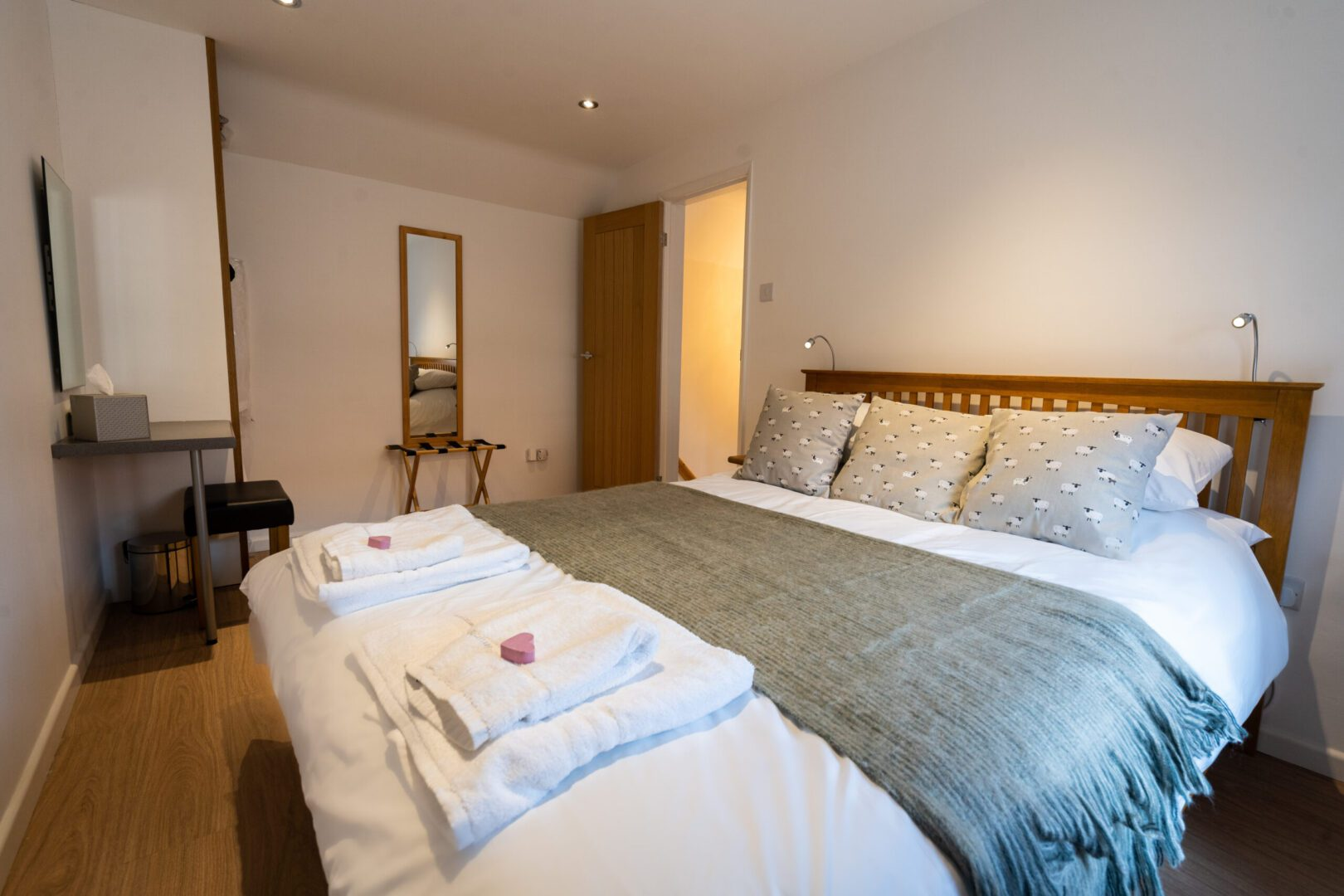 Southwell Holiday Cottage bedroom