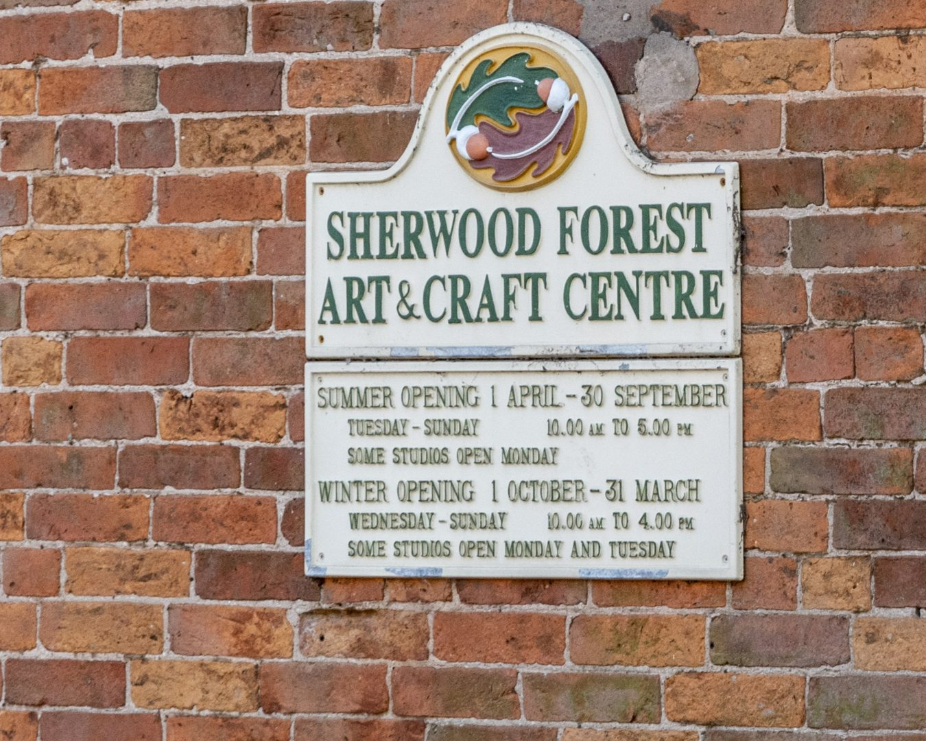 Sherwood Forest Arts and Crafts Centre sign